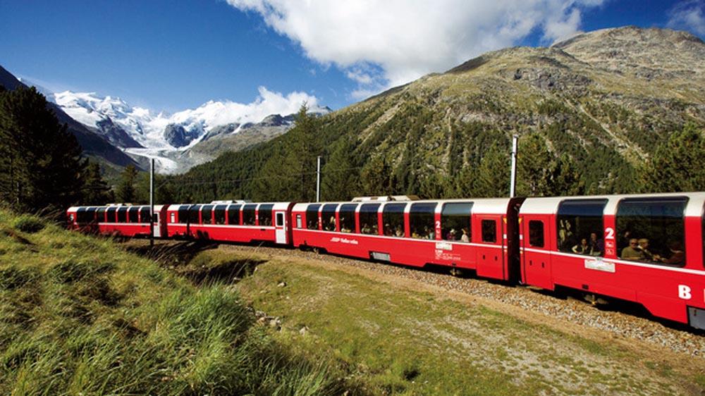 Szwajcaria. Na Szynach Wśród Alpejskich Krajobrazów